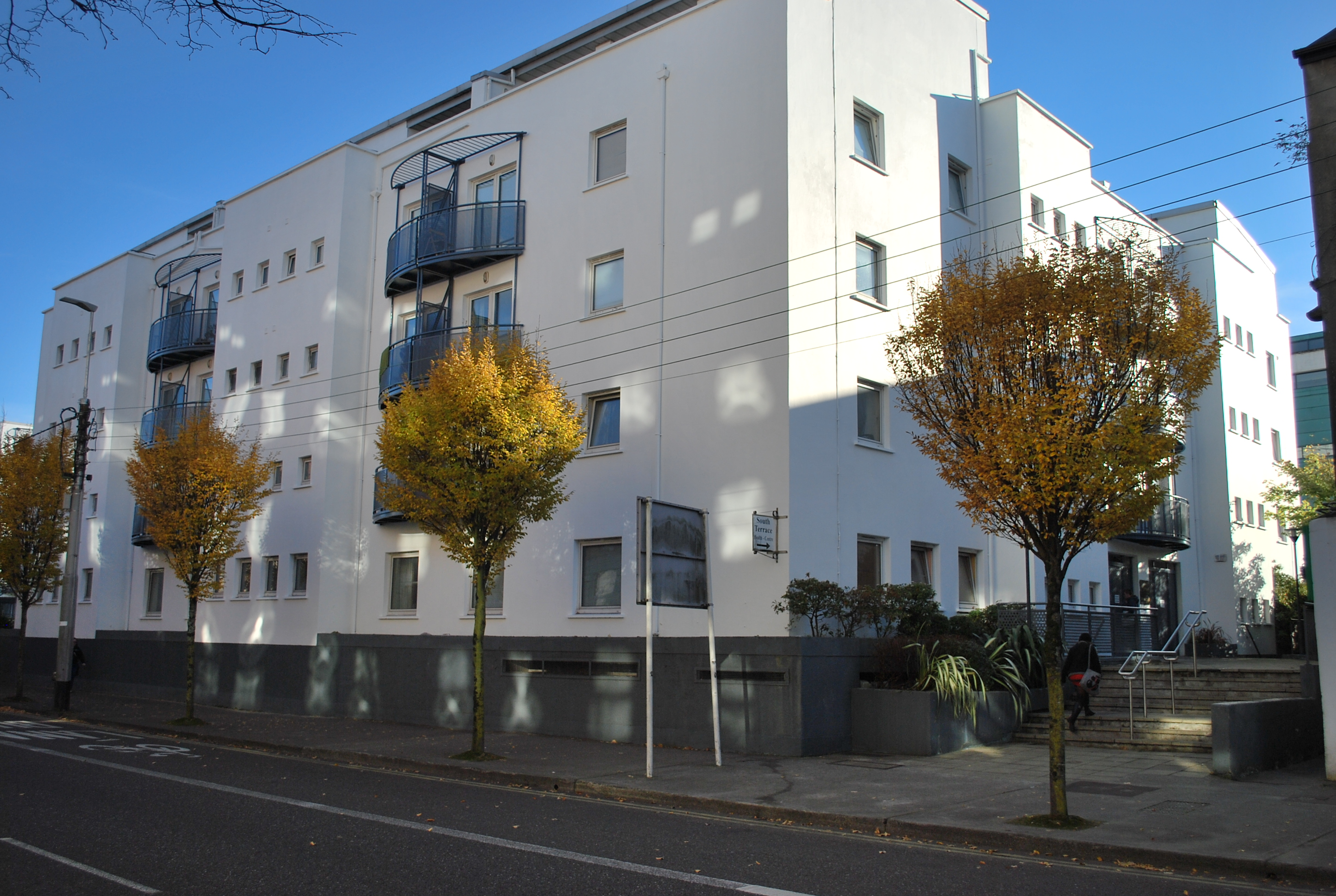 SALE AGREED 25B South Terrace, Cork
